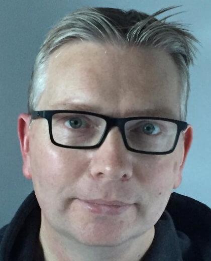 Tim Howell